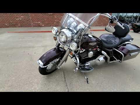 2005 Harley-Davidson FLHRCI Road King® Classic in Ames, Iowa - Video 1
