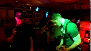 """Diffusing Grey performing """"The Story Of Me And You"""" live at Murky Water Jam"""