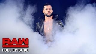 De volledige uitzending van WWE Raw bekijk je hier