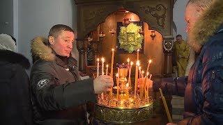 Губернатор Волгоградской области посетил Рождественскую литургию в Урюпинске.