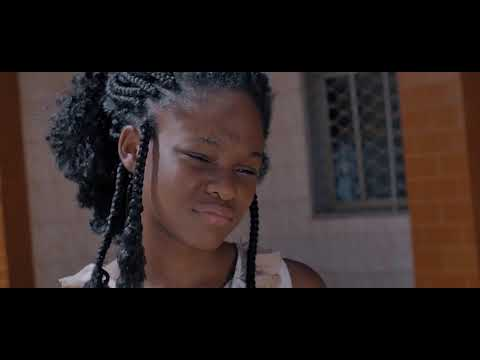 Download Indira_Ne Me Laisse Pas Seule (Clip Officiel) HD Mp4 3GP Video and MP3