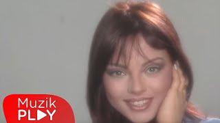 Ebru Gündeş - Fırtınalar (Official Video)
