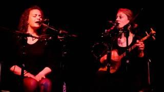 Æ (Ash) - Aurelia Shrenker & Eva Salina Primack - Shairebi