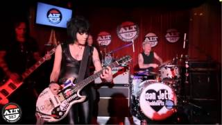 Little Drummer Boy - Joan Jett 2013