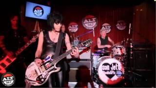 Little Drummer Boy - Joan Jett 2013