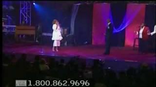 """Donnie McClurkin & Karen Clark-Sheard  """"Wait On The Lord - Live"""""""