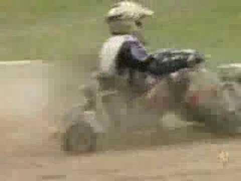 سباق لجزازات العشب في مقاطعة ويست سوسيكس