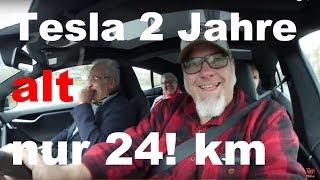 Was ist da faul? 2017er Tesla mit 24 !  Kilometern ?