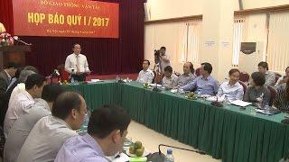Cục Hàng không Việt Nam sẽ nghiên cứu áp giá sàn vé máy bay