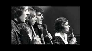 b4. The Anita Kerr singers ~ All you need is love