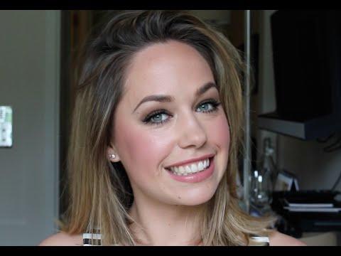 Skin Weightless Powder Foundation by Bobbi Brown Cosmetics #4