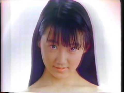貧乳・美少女がすっぽんぽんで出演するCMがあった時代に戻りたい・・・。