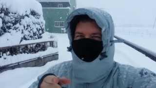 Japan Snow - It's Snowing....A Lot! (Snow Ninja!)