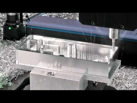 CNC-Fräsmaschine DATRON M8Cube - Hochgeschwindigkeits-Fräsen eines Aluminium Elektronikgehäuses