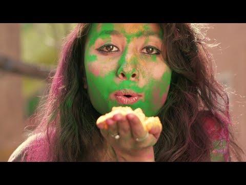 Walkers Sensations Crisps [2017 TV Commercial]