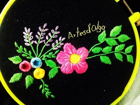 Jeans with Floral Embroidery | Jeans Con Flores Bordadas a Mano | Hand Embroidery by Artesd'Olga