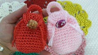 كروشيه   Crochet Mini Back Pack( ميداليه أو شنطه توزيعات أو كيس نقود)