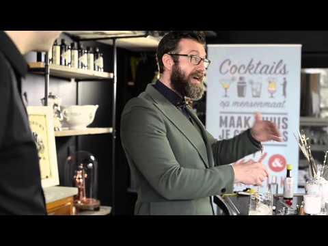 Dry Martini maken, dit is een cocktail met Vermouth, Gin.