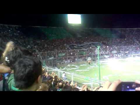 """""""San Martin SJ 2-1 Sportivo Desamparados """"Copa San Juan Fraterno 2012"""" Recibimiento"""" Barra: La Banda del Pueblo Viejo • Club: San Martín de San Juan"""