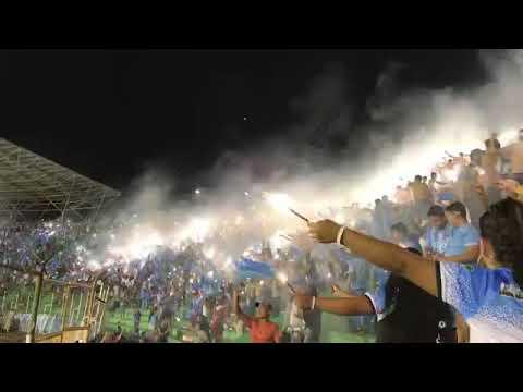 """""""Recibimiento de Blooming en el clásico / Los Chiflados"""" Barra: Los Chiflados • Club: Blooming"""
