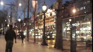 preview picture of video 'Avenue des Champs-Élysées - Paris, January 2007'