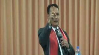 """""""Berkomunikasi"""" Kotbah 10 February 2008 (video 2/7)"""