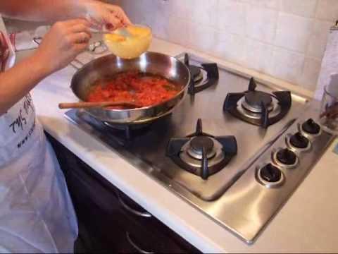 Πως να φτιάξετε στραπατσάδα (καγιανά)