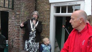Burgemeester Salet opent de Paardenmarkt Heenvliet 2018