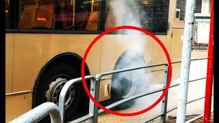 JX7966, the Skidding Bus / Burnout