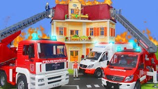 Feuerwehrauto Krankenwagen Feuerwehrmann & Spielzeugautos für Kinder | Bruder Spielwaren & Playmobil