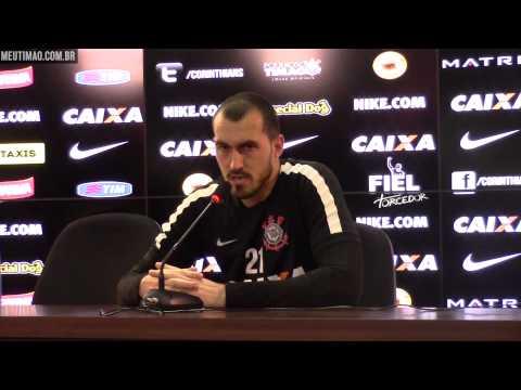 Walter projeta duelo contra o Atlético-MG