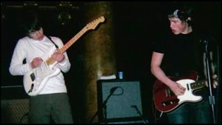 Arctic Monkeys - Live at The Grapes, Sheffield 2003 [RARE]