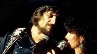 Waylon Jennings - Looking For A Feeling