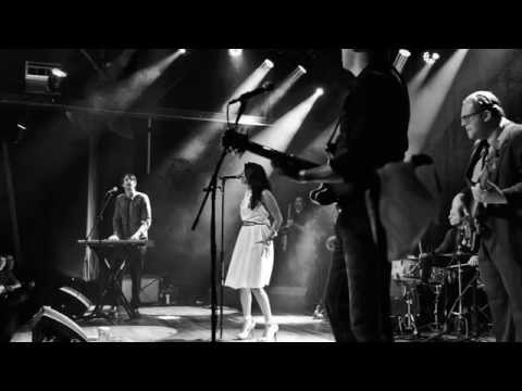 """Ruby Velle & The Soulphonics - """"Can We Pretend?"""" (originally by Bill Withers)"""