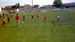 preview picture of video 'U8 Fußball-Turnier, Strafstoß'