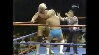Hulk Hogan vs. Sonny Rogers  Chuck Greenly (Handicap match)