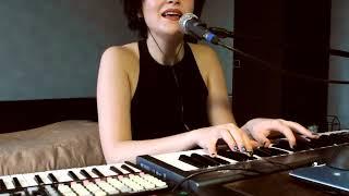 Ana Zhdanova    Dividing Cells ( Ableton Live 10 Performance + Push)