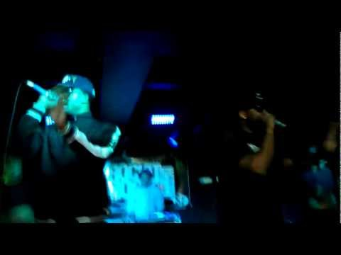 "Smoovie Baby, Sage The Gemini & ShowBanga perform ""Water Bill"" in Rockit Room in SF"