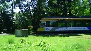 preview picture of video 'Karlsruhe Daxlanden Waidweg Strassenbahn Tram'
