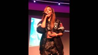 Tinashe performs Far Side Of The Moon at Apple Store Event on 10/7/14