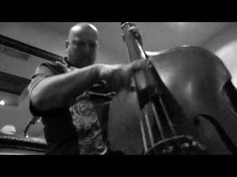 Kurt Ribak - on the bass