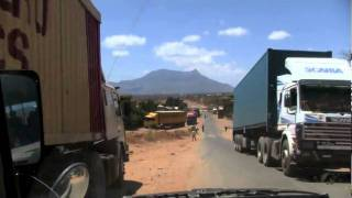 preview picture of video 'Kenya Tanzania Border'