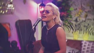 "Rita Ora Performs A Stripped Down Version Of ""Only Want You"" (MTV Jammin')"