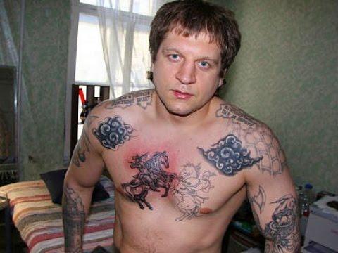 """Емельяненко """" ПОСТРОИЛ """" Зеков Сокамерников в Тюрьме"""