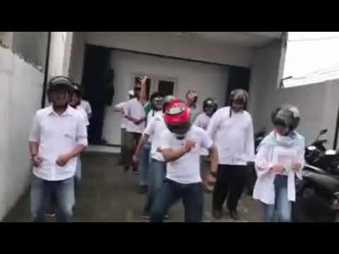 mp4 Finance Jakarta Selatan, download Finance Jakarta Selatan video klip Finance Jakarta Selatan