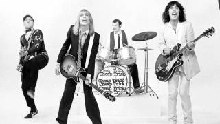 Cheap Trick Don't Hit Me With Love (Demo)