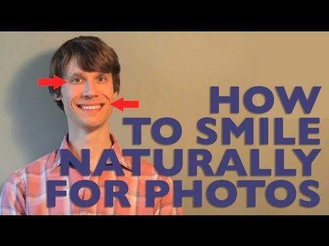 Here's How To Pull The Perfect Smile For Photos