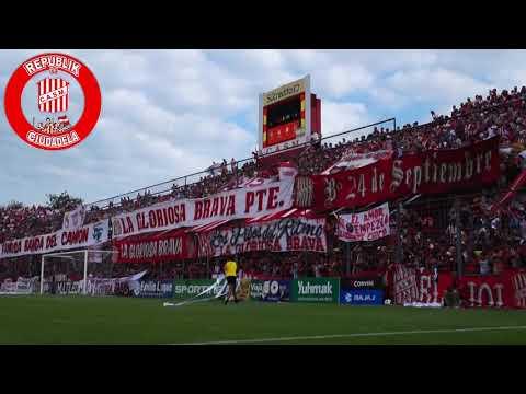"""""""Hinchada de San Martín de Tucumán vs Los Andes - RpkdC"""" Barra: La Banda del Camion • Club: San Martín de Tucumán"""