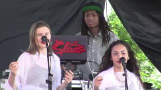 """Zendaya """"Cry For Love"""" live"""