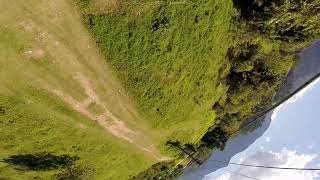 Drone Racer voa rasteiro e faz uma mananobra inusitada #shorts